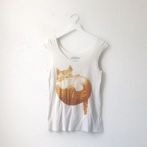 Threadless | White Cat Graphic T-Shirt Size Small